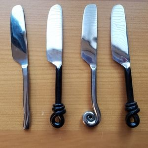Unique set of 4 stainless pate knives